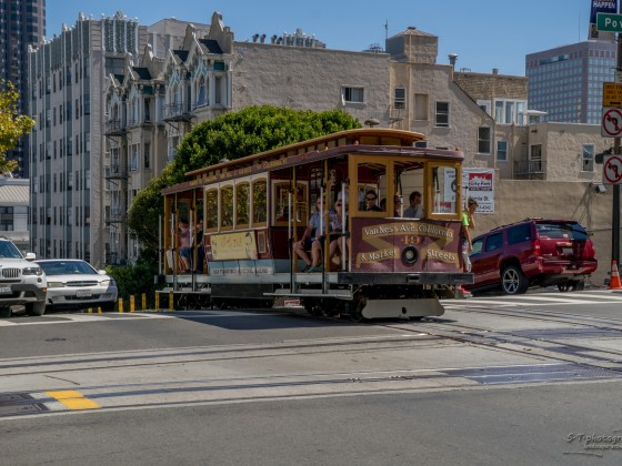Cable Car @ California Street