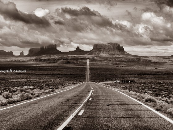 THE ROAD at Monument Valley